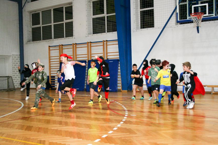 akademija-maskenbal-130215-12-of-125